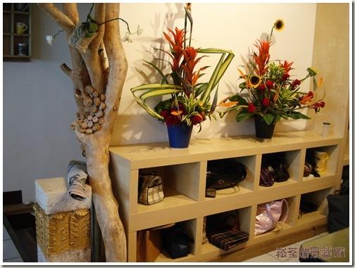 木质花店门头装修图